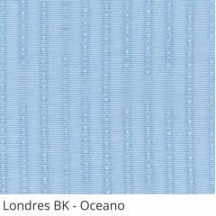 Persiana Vertical Azul Claro Tecido Blackout Coleção Londres Cor Oceano